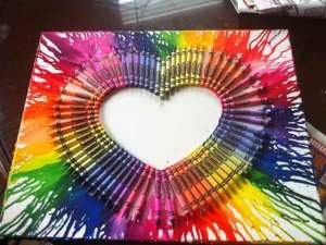 Meled-Crayon-Beautiful-DIY-Wall-Art